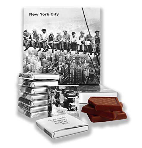 DA CHOCOLATE Candy Souvenir NEW YORK CITY Chocolate Gift Set 5x5in 1 box (Black&White - National City Harbor