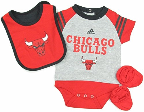 Chicago Bulls Adidas Infants NBA Gray Red Little Player Baby Creeper, Bib & Bootie Set (18 ()