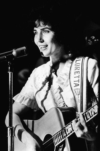 Loretta Lynn Country Music Legend playing guitar concert b/w 11x17 Mini Poster from Silverscreen