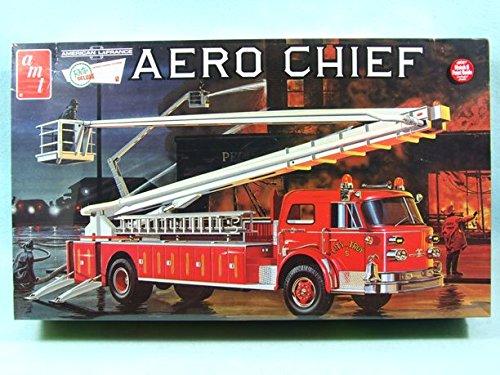 (American LaFrance Aero Chief Fire Truck Model Kit....1/25 Scale)