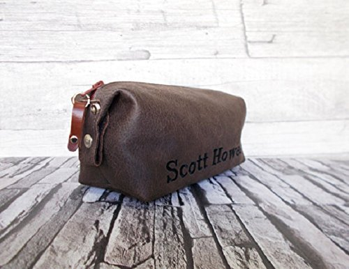 Personalized shaving bag, Toiletry bag, Mens cosmetic bag, Dopp kit, Groomsmen gift, Brown color, Eco vegan leather, Rustic, Distressed leather, Wedding gift by RadiLeather