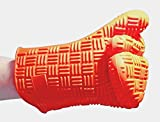 Silicone Oven Mitt/BBQ Mitt. Heat Resistant, Washable Kitchen Glove with a Flexible, Non-Slip Grip and Large Fit. Great Potholder for the Kitchen and Grill.