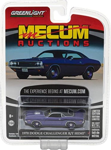 1970 Dodge Challenger R/T HEMI Plum Crazy Purple Mecum Auctions Collector Series 1 1/64 by Greenlight 37110 B