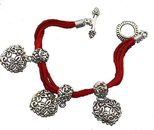 (Triple Strand Suede Bracelet with Heart Pendants)