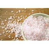 Hanoju Himalaya Kristallsalz granuliert 1000 g Zip Beutel Körnung 1-3 mm aus den Minen der Salt Range geeignet für Salzmühlen
