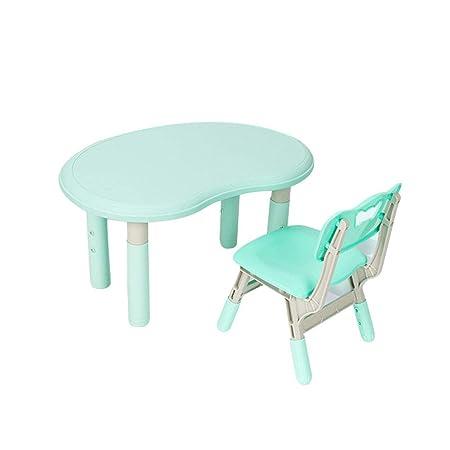 Mesa y sillas para niños que aprenden a pintar el juego de ...