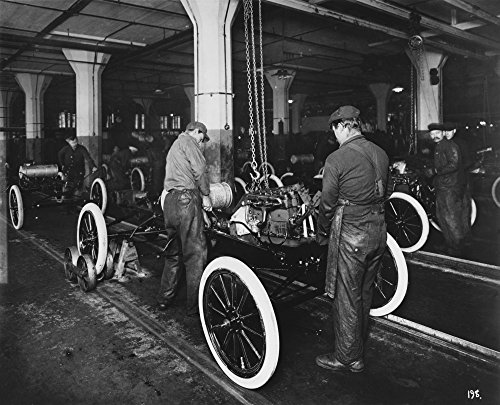 Ford Assembly Line 1913 Poster Print by Science Source (36 x 24)