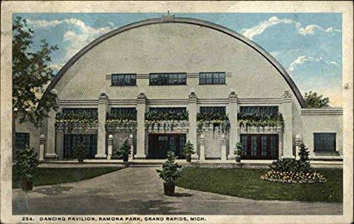 Park Grand Rapids - Dancing Pavilion, Ramona Park Grand Rapids, Michigan Original Vintage Postcard