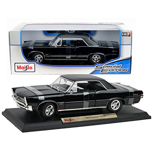 Maisto Special Edition Series 1:18 Scale Die Cast Car Set - Black Color Two-Door Hardtop Coupe 1965 PONTIAC GTO with Display Base 2 Door Hardtop Coupe
