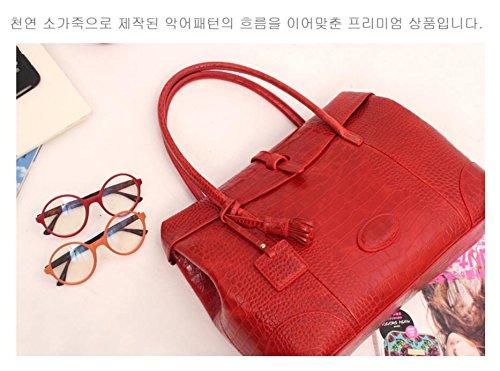 Fashion Crocodile Pattern Leather Shoulder Handbag 4 Color (Red) by PRISTINE&BB (Image #7)