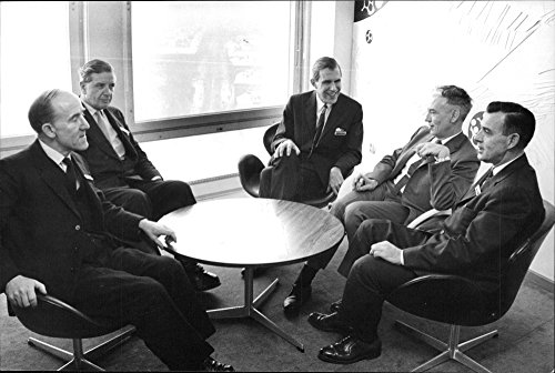 1964 Natural - Vintage photo of Three countries biocidspecialister the roundtable, organized by the 1964 natural resource investigation. For example the mercury nature fara discussed.