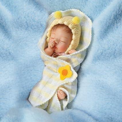 109d4d23b Amazon.com  03-02196-003 ASHTON DRAKE Bundle of Sunshine 4   Baby ...