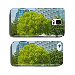 park with a big tree in the city cell phone cover case iPhone5