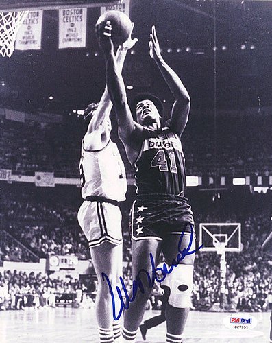(Wes Unseld Signed 8x10 Photograph Bullets - Certified Genuine Autograph By PSA/DNA - Autographed Photo)