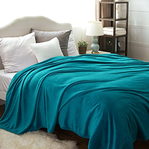 Bedsure Flannel Fleece Luxury Blanket Teal Queen Size Lightw