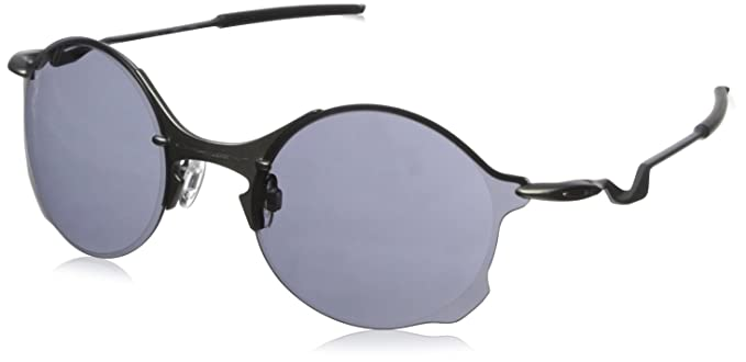 4394748705 Amazon.com  Oakley Men s Tailend Round