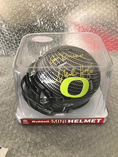 - MARK HELFRICH SIGNED OREGON DUCKS CARBON FIBER MINI HELMET PSA/DNA