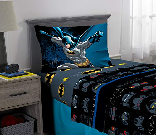 Warner Bros Batman Kids Bedding Super Soft Microfiber Sheet Set, 3 Piece Twin Size, Multi-Color