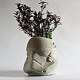 Galeria de Ariel Stormtrooper maceta de concreto pulido artesanal