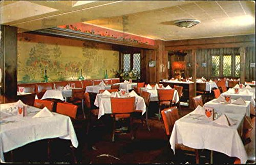 The Dover Room Of The English Grills, 913 Market St Wilmington, Delaware Original Vintage Postcard
