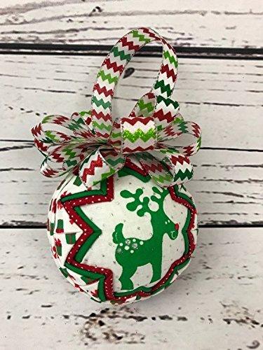 Christmas Wreath Reindeer (Reindeer Christmas fabric ornament)