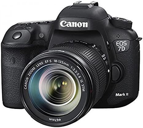 Canon EOS Eos 7D Mark II + EF-S 18-135mm f/3.5-5.6 IS STM ...