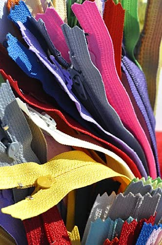 Closed Bottom 25 Assorted 22 Inch  20 inch  Zippers Nylon Coil YKK Number 3 Skirt and Dress