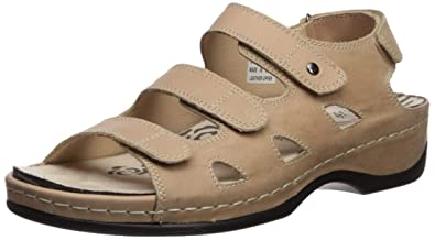 ac7bb5a7407 Amazon.com | Propét Women's Kara Sandal | Flats