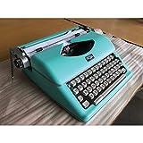 Royal 79101t Classic Manual Typewriter
