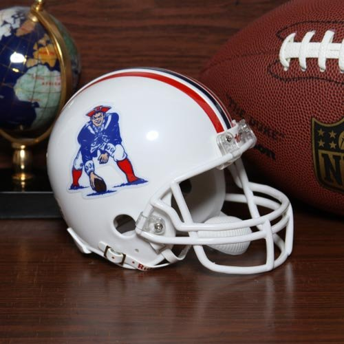 NFL Riddell New England Patriots 1982-1989 Retro Mini Helmet - White