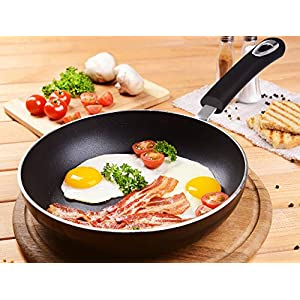 Utopia Kitchen 11 Inch Nonstick Frying Pan – Induction Bottom – Aluminum Alloy and Scratch Resistant Body – Riveted Handle – Dishwasher Friendly