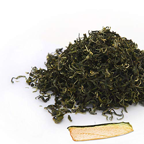 Assorted Size Bi Luo Chun Loose Leave Green Tea with 5 Random Dried Fruits (4oz)