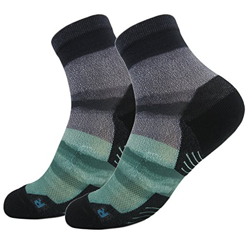 (HUSO Men Chromatic Irregular Stripe All Season Running Soft Ankle Socks 2 pair Large / X/Large 2pairs US9/13 Multicolor12.)