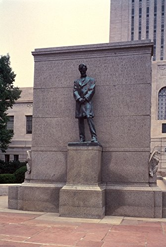 Abraham Lincoln Statue Nbronze Statue Of Abraham Lincoln By Daniel Chester French At The Capitol Building Lincoln Nebraska Poster Print by (18 x 24)