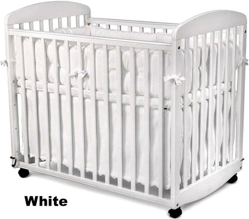 DaVinci Alpha Mini Rocking Crib - White by DaVinci