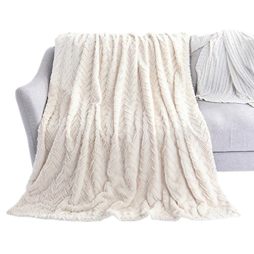 LIFEREVO Luxury Faux Fur Throw Blanket Chevron Brushed Fleece with Crystal Velvet Mink Reversible, Super Soft, Smooth and Cozy Warm for All Seasons (60