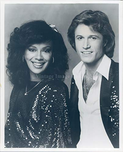 Photo Andy Gibb Singer Musician Marilyn Mccoo Songwriter Performer 8X10 ()