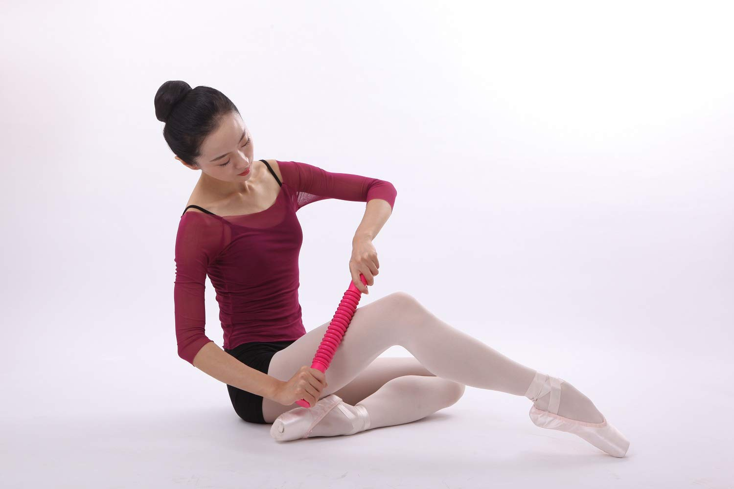 Ballet and Gymnastics Foot Stretcher,Deep Tissue Massage Roller Foot Massager Trigger Point Therapy Arch Foot Stretcher for Dancers Adult and Kids