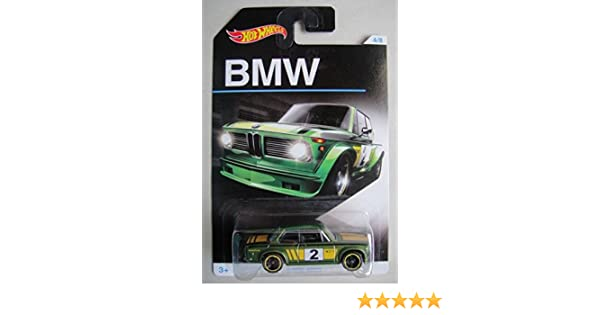 Amazon.com: HOT WHEELS EXCLUSIVE BMW SERIES GREEN BMW 2002 4/8: Toys & Games