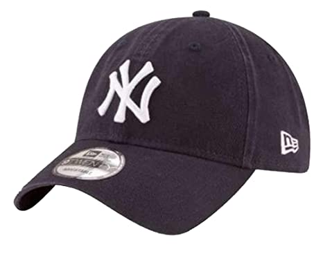 111909d5ba4e4 Image Unavailable. Image not available for. Color  New Era 920 quot Core  Classic New York Yankees Game Strapback Hat (Dark Navy)