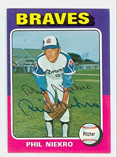 Phil Niekro AUTOGRAPH 1975 Topps Atlanta (Atlanta Braves Clubhouse)
