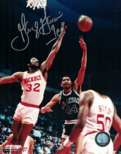 George Gervin Autographed San Antonio Spurs 8x10 Photo Hook Shot