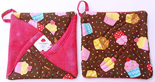 Handmade Reversible Quilted Potholders | Heat Resistant | Cupcake Design | Set includes 2 potholders (Cake Hanging)