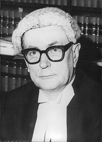 vintage-photo-of-portrait-of-justice-asprey