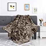 LANGRIA Luxury Super Soft Faux Fur Fleece Throw Blanket Cozy Fluffy Warm Breathable Lightweight and Machine Washable Dyed Fabric for Winter – Decorative Throw for Couch Sofa Bed (50' x 60', Brown)