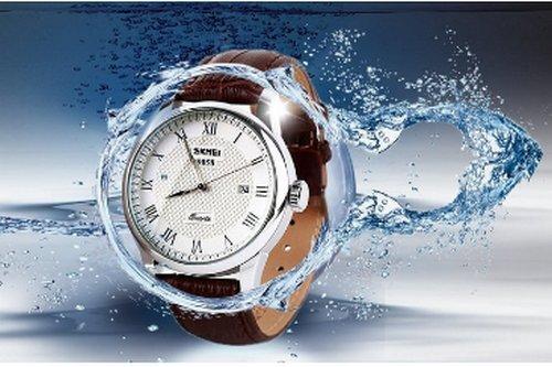 Amazon.com: Reloj de Hombre Unico Numerales Romanos Moda Y Diseño de Cuarzo Analógico, Impermeable para Negocio Casual Reloj con caja de Acero Inoxidable, ...