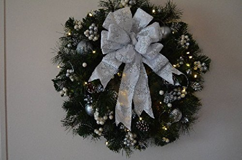 White & Silver Pre-Lit Holiday Wreath with Snow flake ribbon 22-24