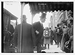 early 1900s photo R. Iselin being photographed as he alights from carriage to g5