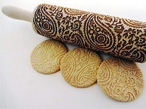 (PAISLEY Embossing Rolling Pin. PAISLEY pattern. Engraved rolling pin with paisley for embossed cookies.)