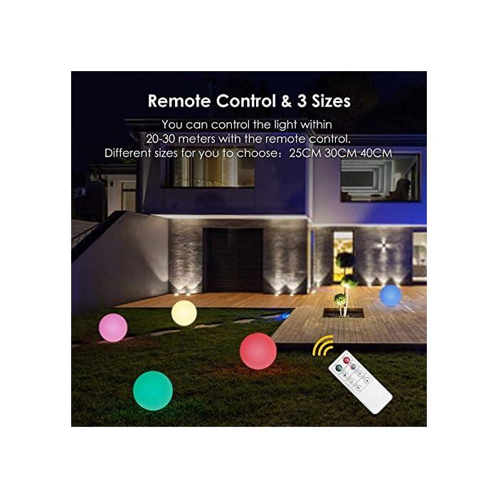 51giw72s6ML ? 8 Colores Ajustables y 2 Modos de Iluminación - Albrillo luz solar exterior le ofrecen 8 colores diferentes de luz (blanco, rojo, verde, azul, amarillo, púrpura, cian, rosa) y 2 modos de iluminación (modo gradiente y modo flash). Puede elegir su color favorito y el modo más adecuado en diferentes entornos de aplicación. Además, el brillo y la velocidad del cambio de la luz también se pueden cambiar según su gusto ? Impermeable IP68 - Gracias a su clasificación de impermeabilidad IP68, puede colocar esta luz solar de bola en cualquier lugar al aire libre como jardín, patio o césped. Incluso si llueve, no tiene que preocuparse por afectar sus componentes electrónicos internos. Por eso, también se puede usar como una hermosa decoración en la piscina ? Bajo Consumo y Respetuoso del Medio Ambiente - Esta LED luz solar exterior se puede cargar con energía solar durante el día mientra que usar USB para cargar en días lluviosos. No solo eso, la lámpara exterior apaga cuando hay luz suficiente